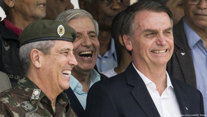 Bolsonaro replica al papa Francisco que la Amazonia es de Brasil