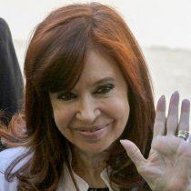 """Cristina Fernández demanda a Google por aparecer como """"ladrona de la nación"""" en el buscador"""