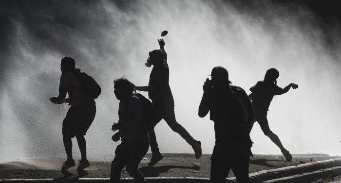 Esos mocosos: sobre la pérdida del miedo y el retorno de la política