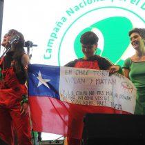 """""""El violador sos vos"""": Las Tesis adaptan su famoso himno en apoyo al """"Pañuelazo Verde"""" por el aborto libre en Argentina"""