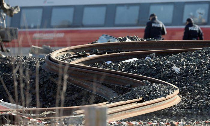 Dos muertos en descarrilamiento de tren en Italia