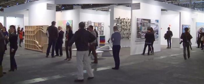 """Sobre el rechazo del gobierno a asistir a la """"importante"""" feria de arte internacional"""