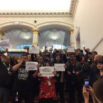 """""""Chile despertó"""": la manifestación de la delegación chilena en la Berlinale que descolocó al subsecretario de Cultura"""