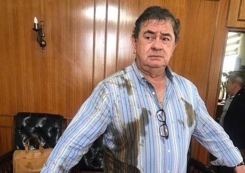 DC anunció acciones legales contra funcionaria municipal que atacó con bolsa de excremento a concejal de Talca