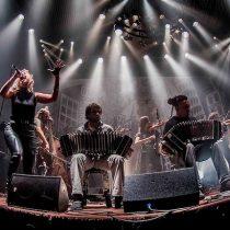 Lo más rockero del tango y lo más tanguero del rock vuelve a Chile con la Orquesta Típica Fernández Fierro