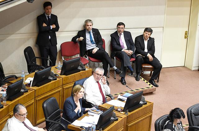 Derecha se frota las manos y la oposición rasga vestiduras tras fracaso de la acusación constitucional contra Guevara en el Senado