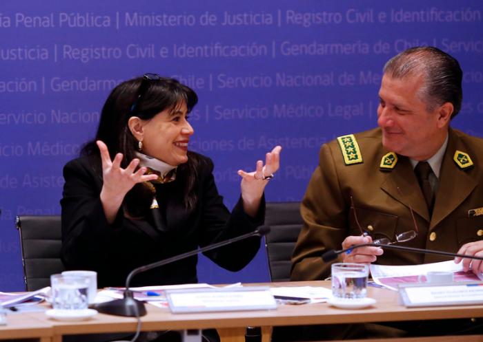 Investigación por gastos reservados: PDI realizó catastro del patrimonio de Javiera Blanco y cuatro exgenerales directores de Carabineros