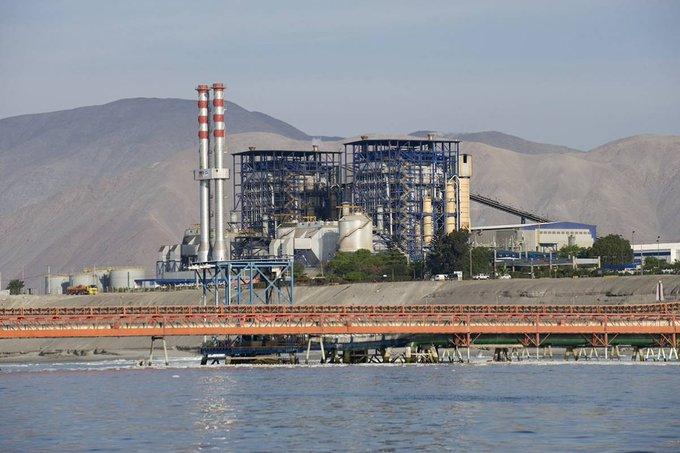 """Mejillones sufre otro desastre ambiental: derrame de seis toneladas de carbón que iba a la empresa Aes Gener, agrava el drama de la """"zona de sacrificio"""""""