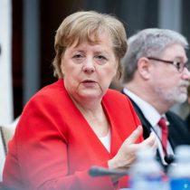Terremoto político en Alemania: Merkel golpea la mesa y dimite el candidato electo con votos de la CDU y la extrema derecha