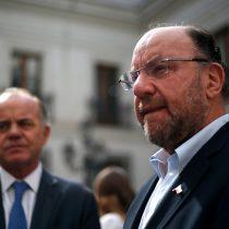 """Ministro Moreno defiende a su colega Antonio Walker: """"Él es agricultor y tiene los derechos de agua que corresponden"""""""