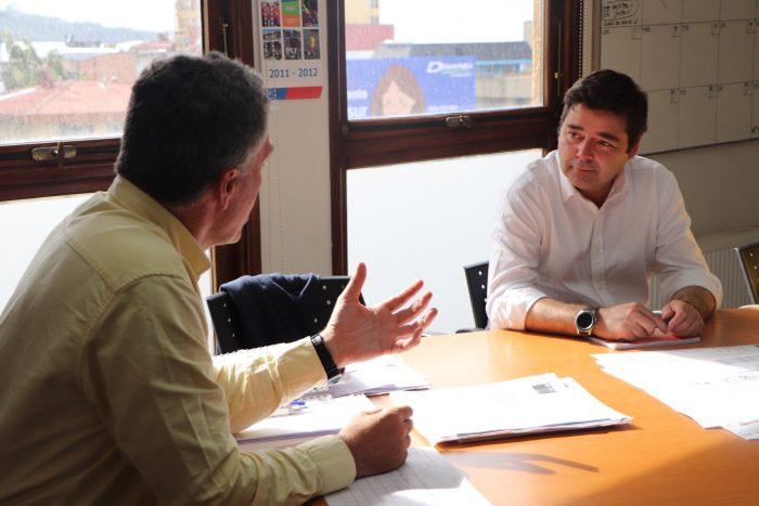"""Intendente de Los Lagos le da la bienvenida al hermano de Felipe Guevara como seremi: """"Es muy conocedor de la zona"""""""