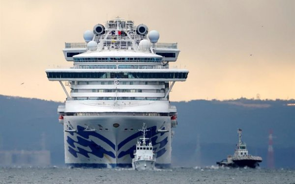Pesadilla en altamar: cuando el coronavirus se va de crucero