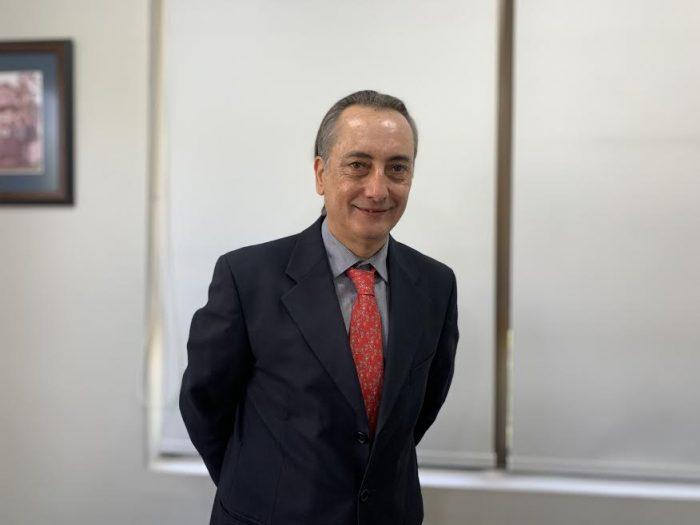 Covid-19 en Chile: Ex ministros de Salud hacen llamado a la
