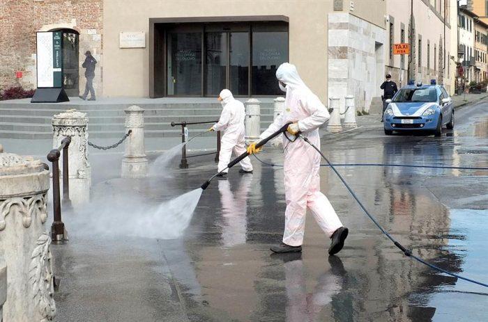 Coronavirus: Italia prohíbe durante dos meses a las empresas despedir a sus trabajadores