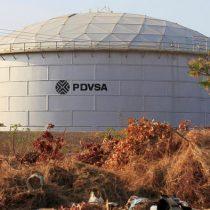 Dos gerentes de petrolera venezolana, acusados de espiar para EE. UU.