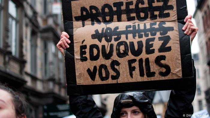 ¿Atiza el COVID-19 la violencia feminicida?