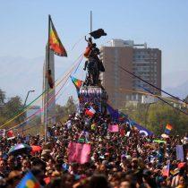 """""""Nunca más sin nosotras"""": las voces detrás de la multitudinaria marcha del 8M"""