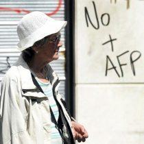 [Video] Otra vez las AFP: el duro bofetazo que la crisis del nuevo coronavirus les ha dado a los fondos de pensiones chilenos