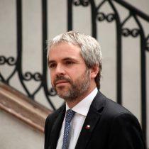 Frente Amplio suspende acusación constitucional contra Blumel: