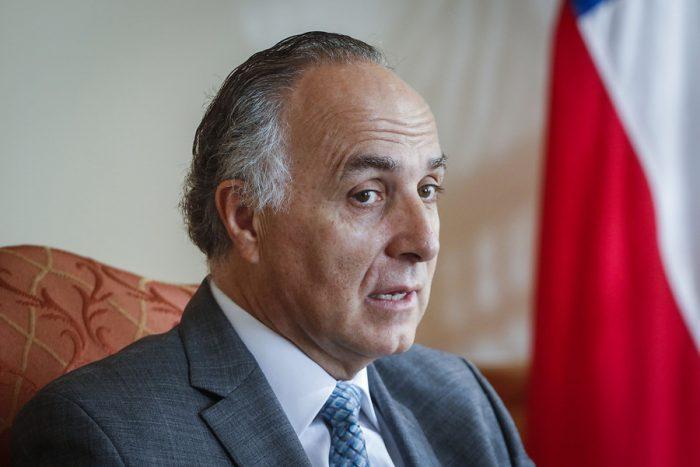Canciller exige a Aeroméxico, Copa y Avianca devolución de dinero a chilenos