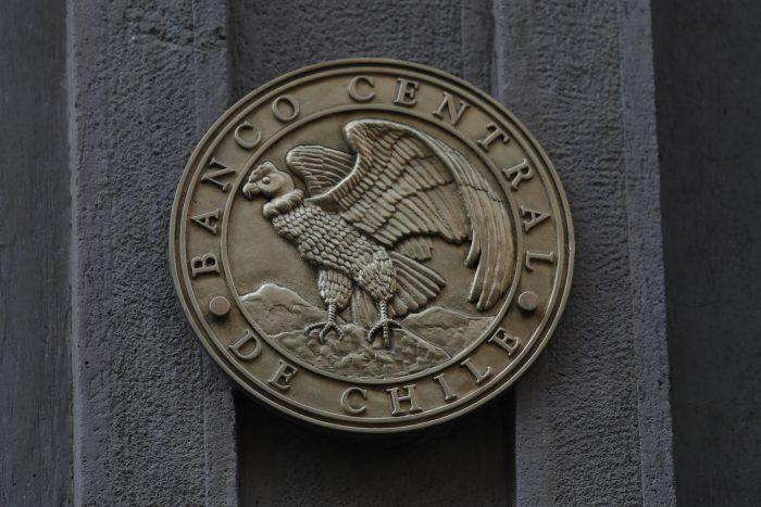 Histórico: Banco Central recorta tasa de interés a sus niveles mínimos por el coronavirus y advierte