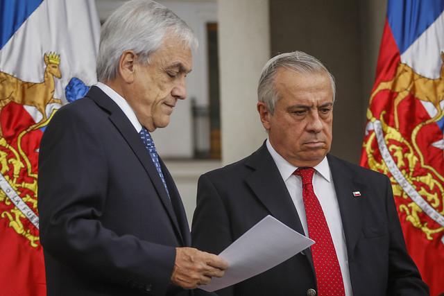 Ante duplicación de casos de coronavirus en Chile, Gobierno anuncia fase 4 y finalmente ordena cierre de fronteras