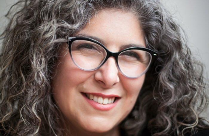 """Eva Débia autora del libro """"Insolentes"""": """"La historia de todo el mundo está forjada sobre los cimientos de la insolencia femenina"""""""