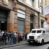 Primera acción judicial en Chile: U. de Valparaíso y Colegio Médico regional exigen declarar la cuarentena
