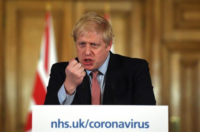 Hasta que entendió: Boris Johnson ordena tres semanas de cuarentena obligatoria en el Reino Unido
