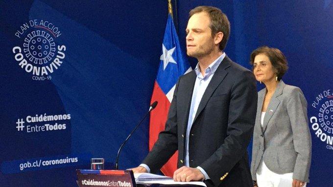 Minsal informa 4 nuevos fallecidos por coronavirus en Chile y extiende cuarentena en 6 comunas de la Región Metropolitana