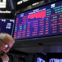La pandemia avanza y los mercados retroceden: las bolsas europeas caen, el mundo entró en recesión y los contagiados aumentan