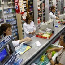 Trabajadores de las farmacias, en la trinchera contra el coronavirus y las autoridades