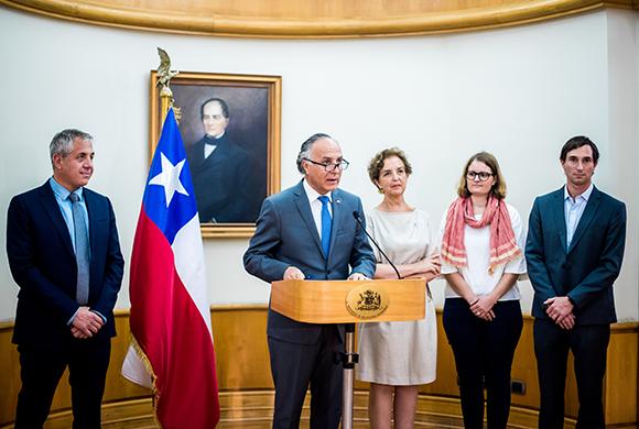 Cancillería confirma nuevos vuelos para repatriar chilenos