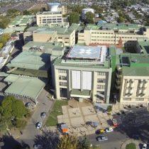 35 funcionarios del hospital de Los Ángeles en cuarentena tras confirmarse que médico estaba contagiado con Covid-19
