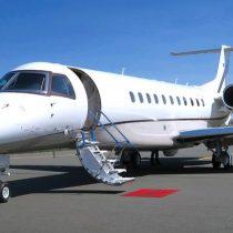 Los ricos corren a contratar aviones privados para volver a casa