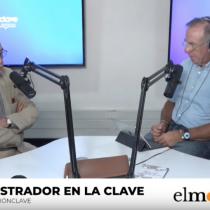 """El Mostrador en La Clave: el análisis de la masiva movilización del 8-M, la polémica por la cifra de asistentes entregada por Carabineros y el """"fracaso del liberalismo"""" según Carlos Larraín"""