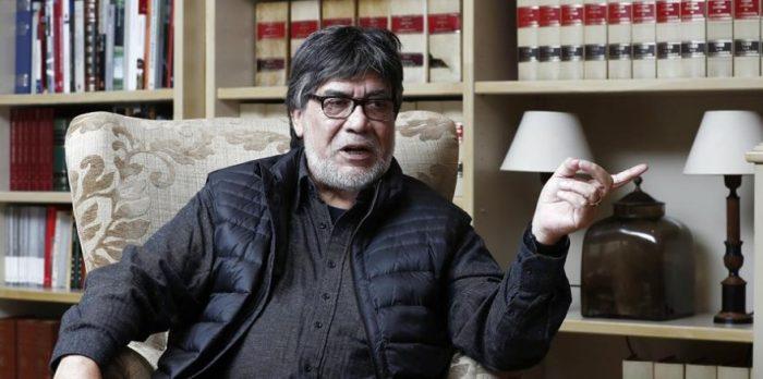 Escritor chileno diagnosticado con Coronavirus: Luis Sepúlveda contrajo la enfermedad tras festival literario y permanece en cuarentena en España