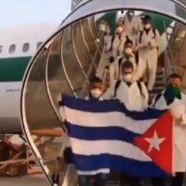 Médicos cubanos son recibidos con aplausos en Italia: ayudarán en epidemia de coronavirus
