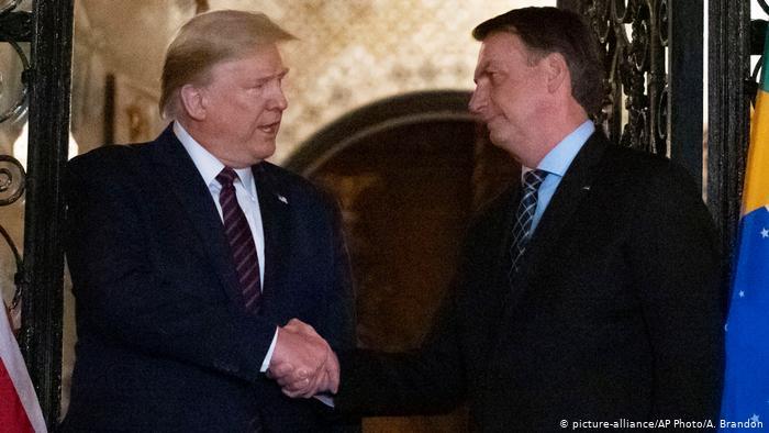 Trump da negativo en la prueba del coronavirus tras cena con brasileños