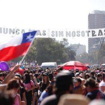 Movimiento feminista sigue haciendo historia: dos millones de mujeres marcharon en Santiago y regiones en el 8M