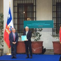 Piñera recibe informe para la reforma a Carabineros y minimiza todos los pecados que arrastra la institución