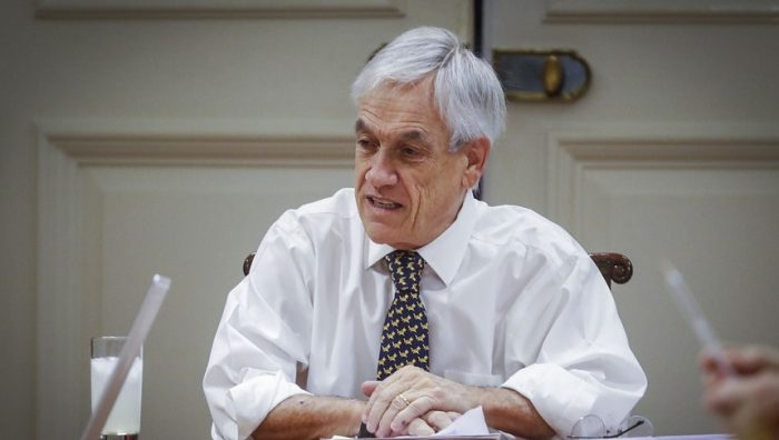 En tecla emotiva, Piñera apela a responsabilidad ciudadana y asegura que