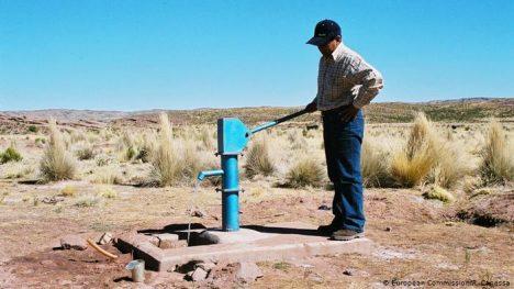 Millones en América Latina tienen que combatir el coronavirus sin agua potable