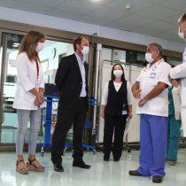 """Clínicas se ponen a disposición del Minsal: """"Nuestra jefatura es el Servicio de Salud"""""""
