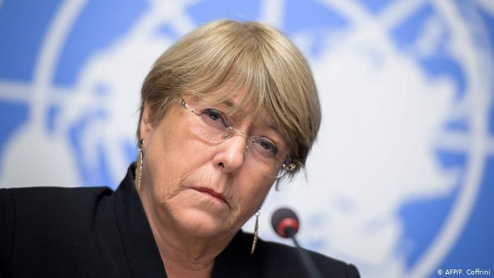 Bachelet denuncia restricciones a periodistas durante la pandemia de COVID-19