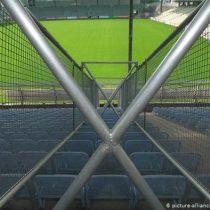 Federación Alemana de fútbol quiere terminar partidos a puerta cerrada