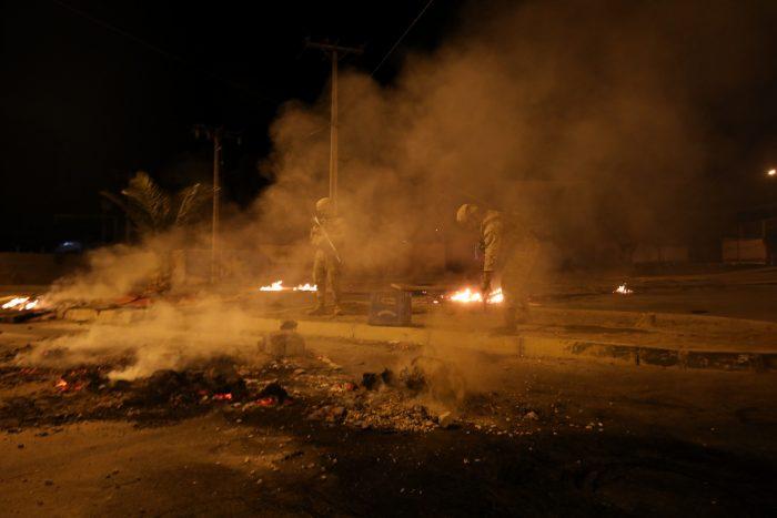 Se registran incidentes y barricadas durante el primer día de cuarentena total en Pedro Aguirre Cerda