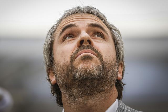 """Blumel emplazó a alcaldes de Ñuble: Sus medidas son """"arbitrarias"""" e """"ilegales"""""""