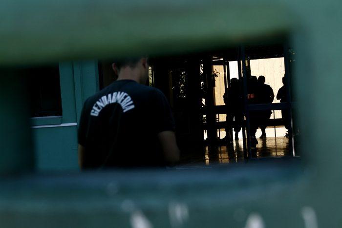 Trasladan a 86 reos de la cárcel de Puente Alto al penal de Talagante como medida de protección ante covid-19