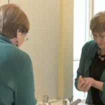 Michelle Bachelet participa en campaña para el correcto lavado de manos en contra del coronavirus